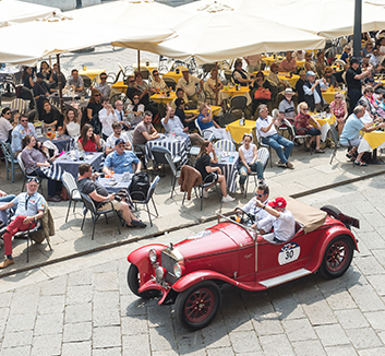 Alfa through Brescia just after the start of the Mille Miglia